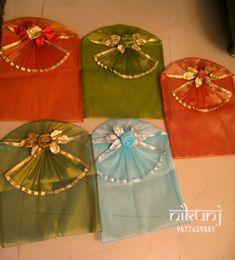 Gift Envelope, Envelope Design, Fancy Envelopes, Indian Wedding Gifts, Trousseau Packing, Gift Wraping, Marriage Gifts, Marriage Decoration, Wedding Giveaways