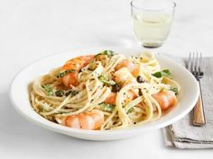 Lemon Spaghetti with Shrimp Recipe | Giada De Laurentiis | Food Network