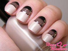 элегантный дизайн ногтей с золотой лентой
