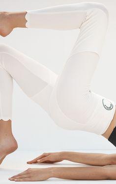 SPORTCLEAN Naomi Leggings in Black – Marysia Resort Wear For Women, Only Sale, Sweat It Out, Tennis Dress, Outdoor Workouts, Fashion Forward, High Fashion, Active Wear, Leggings