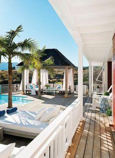 Outdoor beach house