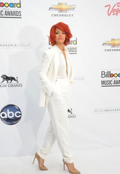 Rihanna Awards, Rihanna Style, Chevrolet, Suits, Chic, Celebrities, Shoe Game, Wisdom, Queen