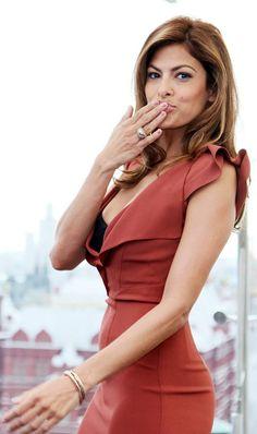 Eva Mendes---- X