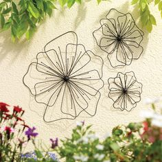 BedBath - $39.99 for 3 Gardman Poppy Wall Art wire flowers ... cute layered design looks like an embroidery idea or a junk-on-the-fence inspiration