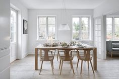 The large dining table is made by woodworker Gert Kjeldtoft. Extendable Dining Table, Dining Tables, Living Room Lighting, Scandinavian Interior, Dining Room, House, Inspiration, Furniture, Home Decor