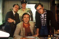 Der Fahnder war eine Vorabend-Krimiserie in der ARD. Die Serie wurde zwischen 1983 und 2001 in mehreren Staffeln und mit größeren Unterbrechungen gedreht. Im Verlauf der Serie wechselte dreimal der Protagonist sowie auch häufiger dessen engere Nebenfiguren.