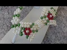Havaiana decorada Trama de Renda Francesa-decorated sândalo frames pearls. - YouTube