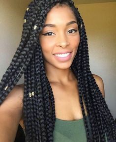 HAIRSPIRATION| Love the size of these chunky #boxbraids on @beautybybeemarie Such a beauty❤️ #voiceofhair ✂️========================== Go to VoiceOfHair.com ========================= Find hairstyles and hair tips! =========================