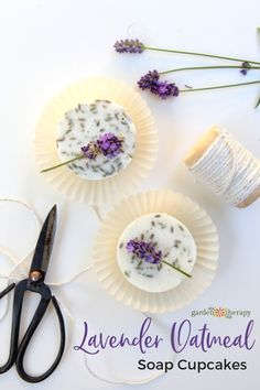 Gorgeous Lavender Oa Gorgeous Lavender Oatmeal Soap Cupcakes (That Anyone Can Make). Making these lavender oatmeal soap cupcakes can work with both cold process recipes and with melt and pour. Lavender Uses, Lavender Crafts, Lavender Soap, Lavender Decor, Lavander, Homemade Soap Bars, Homemade Soap Recipes, Oatmeal Soap, Cupcake Soap