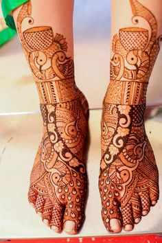Peacock Design Mehendi on Feet