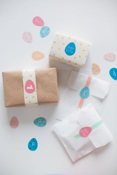 Free Printable: Easter Egg Stickers - I like the washi tape on the white paper bags