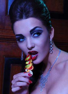 Miss Teen World 2009 Amy Jackson