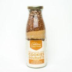 Préparation cookies caramel et noix de pécan