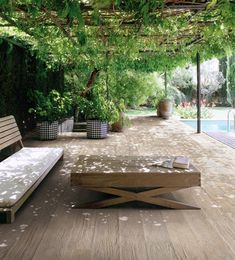 Amazing Outdoor Designs Just in Time for Spring / Styleture.com - notable designs and functional living spaces