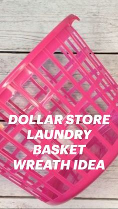 Diy Home Crafts, Diy Craft Projects, Holiday Crafts, Christmas Diy, Crafts For Kids, Dollar Store Hacks, Dollar Stores, Diy Wreath, Wreaths