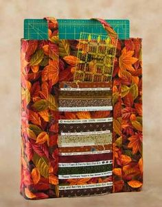 Selvage Tote Pattern for the Traveling Quilter by High Street Quilt Designs at Creative Quilt Kits