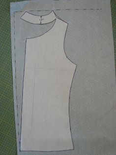 Free Sewing Tutorial: Draft a Cowl Neck
