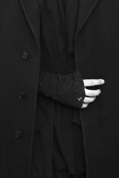 An entry from The Dapper Crow Darth Revan, Kaz Brekker, The Darkling, Slytherin Aesthetic, Six Of Crows, Color Negra, Niqab, White Photography, Black And White
