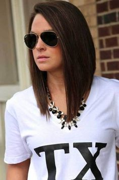 Seriously considering going back to this style.A-line bob - long bob lob hairstyle Lob Hairstyle, Long Bob Hairstyles, Pretty Hairstyles, Medium Hair Styles, Short Hair Styles, Langer Bob, Corte Y Color, Round Face Haircuts, Haircut And Color