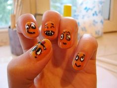 #Funny Faces Emoticons Nail Art Design - DELARIZ