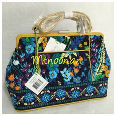 I just listed this $128 Vera Bradley Bag for $65 on Mercari! Come check it out! https://item.mercari.com/gl/m837342936/ #verabradley #handbags #satchel