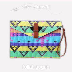 FULLAHSUGAH New Arrival  Ψάθινος Aztec φάκελος   24391005 #fullah_sugah #fashion #trends #bags #look #style