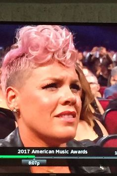 We Can't Figure Out Pink's True Feelings For Christina Aguilera's AMAs Performance
