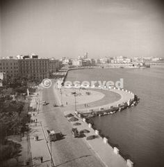 general-view-of-the-waterfront-at-bari-italy-taken-from-roof-of-hotel-imperial-1943_ww2