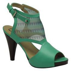 tendências em texturas, materiais e detalhes [sapatos]  Marca: Cristófoli  Foto fornecida pela assessoria de imprensa da marca.