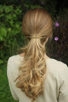 Simple metal hair barrette brass hair slide rustic por Kapelika