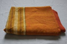 x Vintage heavy orange table cloth, in excellent condition **** If you need more images or have any questions please contact me :) Large Tablecloths, 1970s, Trending Outfits, Unique Jewelry, Handmade Gifts, Etsy, Vintage, Kid Craft Gifts, Craft Gifts