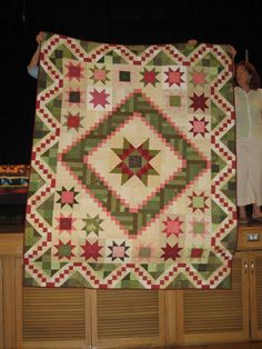 149 Best Medallion Quilts Images Bedspreads Antique