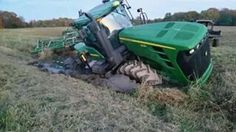 JOHN DEERE 9230 FWD stuck Big Tractors, Case Tractors, John Deere Tractors, John Deere Equipment, Heavy Equipment, Farm Trucks, Big Trucks, Chevy Jokes, Cat Farm