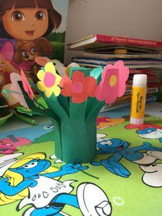 Букетик для бабушки - Поделки с детьми | Деткиподелки