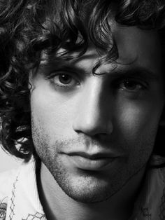 Seriously, what kind of borderline amazing conditioner does Mika use?