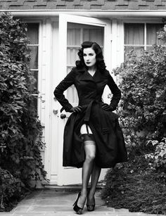 Dita Von Teese looking Sexy as ever.