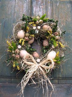 miluju jaro / Zboží prodejce sirapa | Fler.cz Easter Wreaths, Christmas Wreaths, Change Is Good, Black Letter, Grapevine Wreath, Grape Vines, Daisy, Centerpieces, Bloom