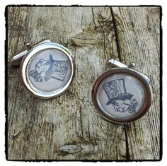 Mad Hatter cufflinks   The beautiful cufflinks feature an image of the mad hatter from Alice in Wonderland  A great gift for any quirky individual.   Chrome 20mm cufflinks. Capped with a clear dome.   #madhatter #aliceinwonderland #lookingglass