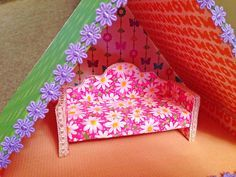 How to make a miniature sofa couch out of foam board - Dollhouse Decorating!