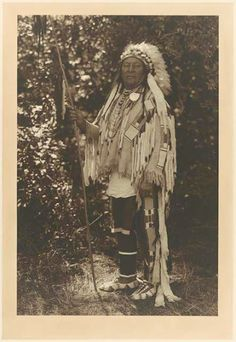 Aleek-chea-ahoosh (aka Many Achievements, aka Plenty Coups) - Crow - 1913