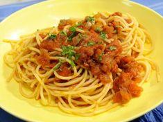 Sauce Recipes, Pasta Recipes, Top Recipes, Crockpot Recipes, Kitchen Recipes, Cooking Recipes, Kitchen Tips, Lemon Spaghetti, Jeff Mauro