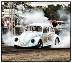 Volkswagen Beetle/Bug/Käfer drag race car 'Nitrous Turbo' :P