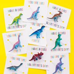 Awesome dinosaur Valentine Favors with free printables!