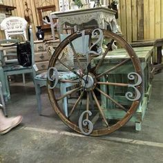 Clocks Decor : Wagon wheel clock Wish this came with instructions! - Wagon - Ideas of Wagon - Clocks Decor : Wagon wheel clock Wish this came with instructions!