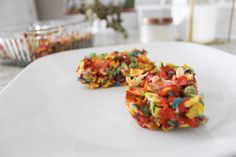 Fruity Pebbles Cereal Bars - The Sprouting Minds Fruity Pebbles Cereal, Back To School Breakfast, Cereal Bars, Baking Recipes, Treats, Dishes, Cooking, Ethnic Recipes, Food