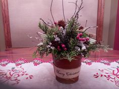 A Primitive Country Christmas Centerpiece in a Rustic Tin Container by SheilasHomeCreations on Etsy