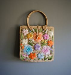 Vintage FLORAL Straw MEXICAN Hand Purse by heightofvintage on Etsy