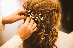 Trendy Ideas For Wedding Hairstyles Country Babies Breath Always A Bridesmaid, Bridesmaid Hair, Prom Hair, Babys Breath Hair, Babies Breath, Purple Wedding, Chic Wedding, Wedding Ceremony Script, Wedding Reception