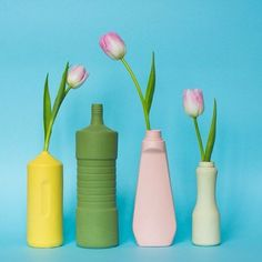 The colorful bottle vase project by Dutch Designer Foekje Fleur, is spreading awareness on the problem of plastic soup. The colored bisque porcelain vases are hand made replicas of plastic trash found all over the world. They can be mixed and matched to look good in both modern and classic decor and are lovely with some dried flowers or just a few fresh flowers from the garden. #homedecor #porcelain #flowervase #decor #design Diy Pet, Aqua Decor, Detergent Bottles, Bottle Vase, Water Bottles, Decorating Blogs, Household Items, Color Inspiration, Bubbles