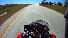 Yamaha R6 Enters Highway at 140 MPH
